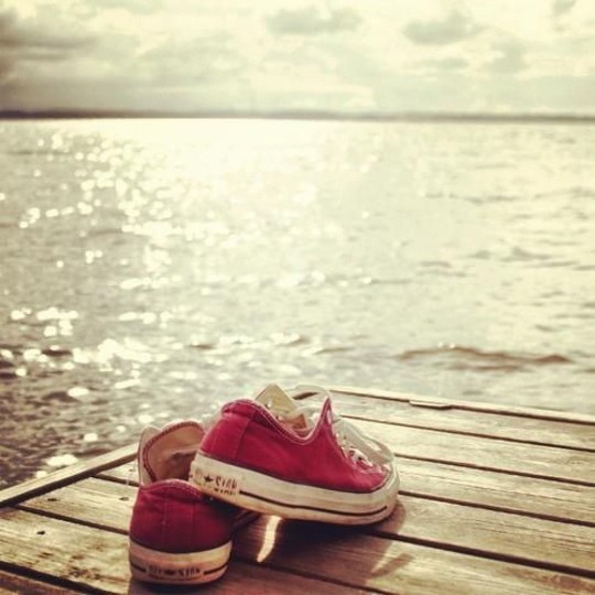 Summer Red Converse